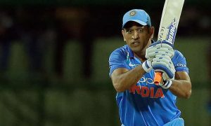 dhoni-batting
