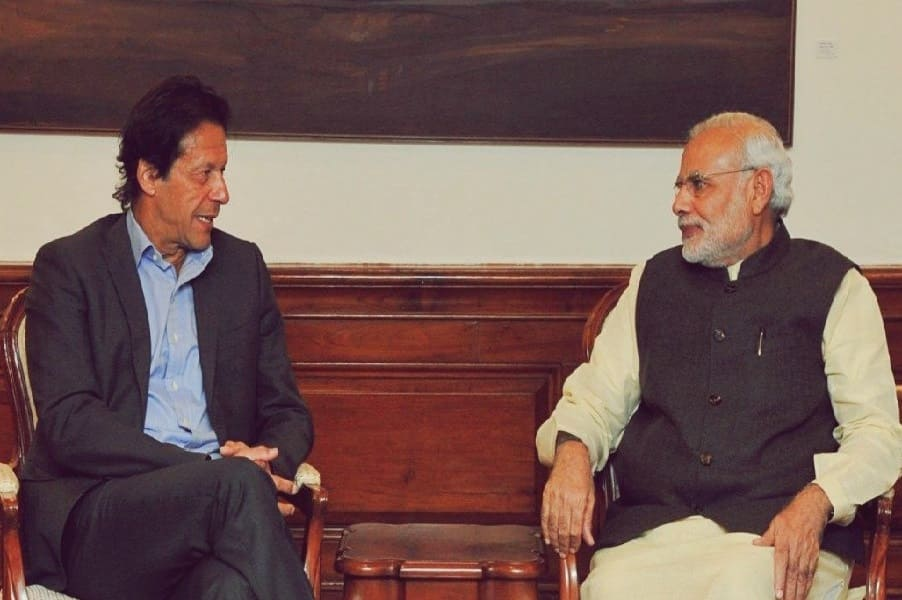 imran with pm modi-min