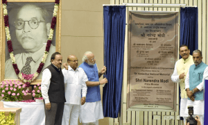 PM-Modi-laying-the-foundation-stone-of-the-Ambedkar-National-Memorial-wefornews