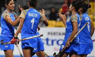 women hockey team